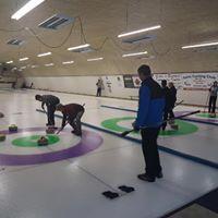 Curling Club2
